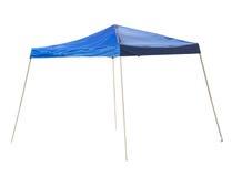 蓝色雨帐篷。 库存图片