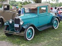 1929蓝色雪佛兰小轿车 免版税库存图片