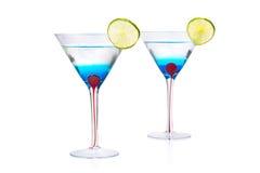 蓝色马蒂尼鸡尾酒库拉索岛喝。 免版税库存图片
