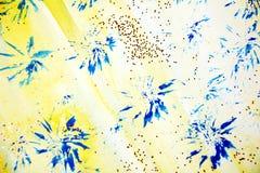 蓝色黄色星、形状和红色闪耀的光,抽象背景 免版税图库摄影