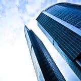 蓝色黑暗的摩天大楼二 免版税图库摄影