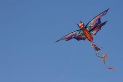 蓝色龙风筝天空 库存照片