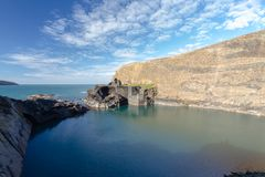 蓝色,盐水湖在Abereiddy 图库摄影