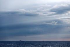 蓝色黄昏cloudscape 库存照片
