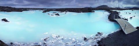 蓝色水池 库存图片