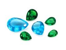 蓝色黄玉和绿宝石 免版税库存照片