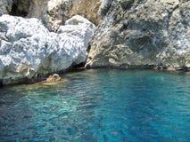 蓝色洞, Palaiokastitsa,科孚岛 免版税库存照片