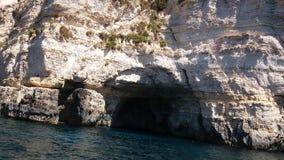 蓝色洞穴 免版税库存照片