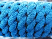 蓝色绳索 免版税库存照片