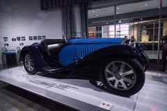 蓝色1932年Bugatti类型55超级体育 库存照片