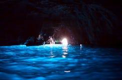 蓝色洞穴(Capri) 免版税库存图片