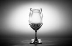 蓝色dof玻璃浅酒 免版税库存图片
