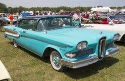 1958蓝色Edsel引证侧视图 库存图片