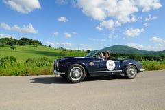 蓝色Lancia Aurelia B24蜘蛛 库存图片