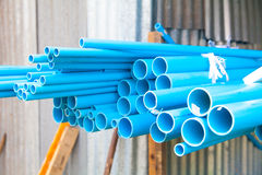 蓝色PVC管 库存图片