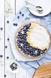 蓝莓和白色巧克力Mascarpone馅饼 免版税图库摄影