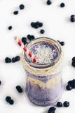 蓝莓圆滑的人 免版税库存图片