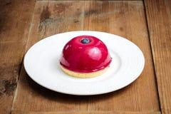 蓝莓奶油蛋糕 库存照片