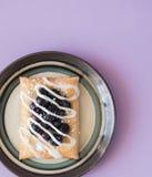 蓝莓果馅奶酪卷快餐 图库摄影