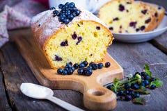 蓝莓蛋糕 库存照片