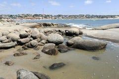蓬塔del蝙蝠鱼海滩在乌拉圭 免版税库存照片
