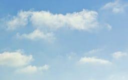 蓬松白色软的云彩 库存照片
