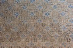 蔓藤花纹墙壁装饰在阿尔罕布拉宫,西班牙 免版税库存图片