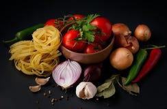 蔬菜和意大利面食 库存照片