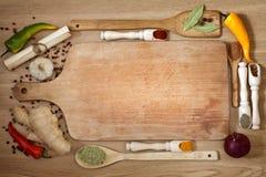 蔬菜和香料边界 免版税图库摄影