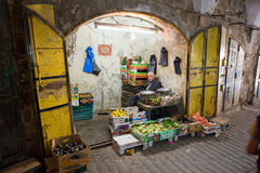 蔬菜水果商的商店在希布伦 库存图片