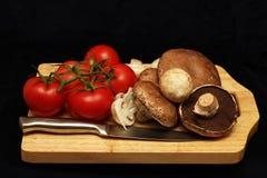 蕃茄和蘑菇 库存照片