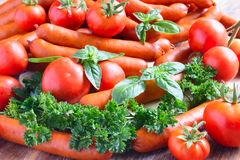 蕃茄和香肠特写镜头 免版税库存照片