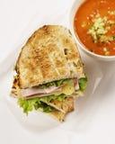 蕃茄汤和烤乳酪三明治 免版税图库摄影