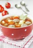 蕃茄汤用丸子 库存照片