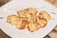 蕃茄烘烤用乳酪 免版税库存照片
