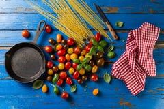 蕃茄鲜美新开胃品种,蓬蒿,意粉, ki 免版税图库摄影