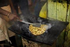 薄煎饼平板炉准备 库存图片