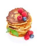 薄煎饼用莓、蓝莓和薄菏 库存照片