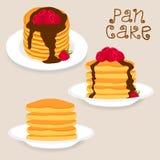 薄煎饼用莓果,蜂蜜,黄油片断  库存图片