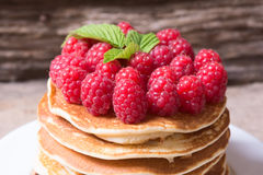 薄煎饼用莓 免版税图库摄影
