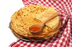薄煎饼用蜂蜜为薄煎饼天 免版税库存图片