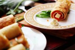 薄煎饼用鱼子酱 图库摄影