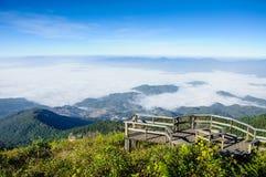 薄雾海在土井Inthanon国家公园,泰国的 库存图片