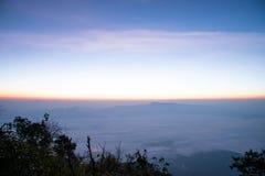 薄雾海在土井Laung城镇Dao - Chiangmai泰国的 免版税图库摄影