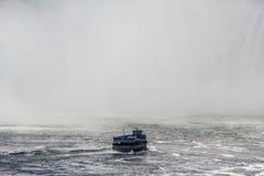 薄雾的尼亚加拉瀑布佣人 库存图片