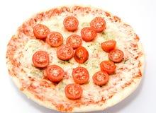 薄饼四乳酪用西红柿关闭隔绝 免版税库存图片
