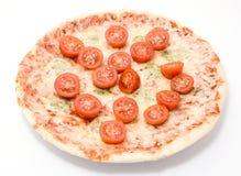薄饼四乳酪用西红柿关闭隔绝 库存照片