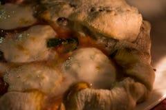 薄饼margherita在意大利街道餐馆 库存图片