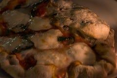 薄饼margherita在意大利街道餐馆 图库摄影