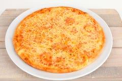薄饼Margherita用乳酪 库存图片